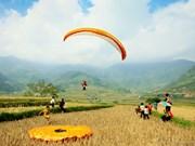 Khau Pha paragliding festival kicks off in Yen Bai
