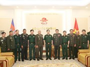 Cambodia's defence officers welcomed in Hanoi