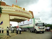 Committees work to facilitate Vietnamese, Lao enterprises