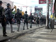 Philippines steps up raid on Islamic militants in Marawi