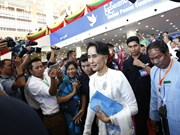 Myanmar's peace conference extends for one more day