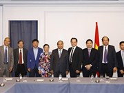 PM meets Vietnamese delegation to UN, Vietnamese businesses