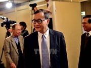 Cambodia lifts ban on former opposition leader's return
