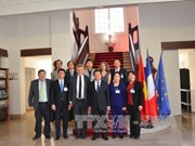 Vietnam learns France's experience in managing public organisations