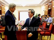 Ex-Secretary of State Kerry pledges US support for VN's clean energy