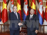 PM Nguyen Xuan Phuc welcomes Cambodian NA President
