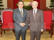 Party chief meets with Lao front President