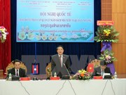 VN, Laos discuss budget, public debt management decentralisation