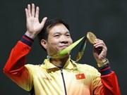 Hoang Xuan Vinh tops world's 10m air pistol men