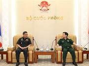 Defence Minister Ngo Xuan Lich meets Thai senior officer
