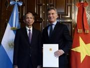 Argentinean President praises Vietnam economic achievement