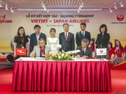 Vietjet Air, Japan Airlines ink cooperation deal