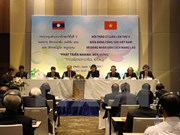 Decisive factors to sustainable development in Vietnam, Laos discussed