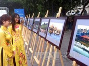 Photo exhibition marks ASEAN's 50th anniversary in Hanoi