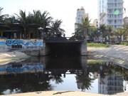 Illegal waste pollutes Da Nang's My Khe beach