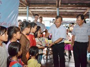 Support given to Vietnamese expats living on Tonle Sap Lake