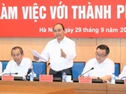 PM urges Hanoi to build green, smart city