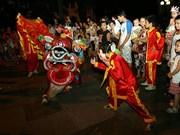 Hanoi lights up as mid-autumn festival arrives