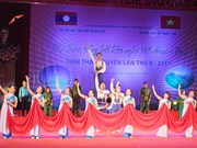 Thai Nguyen hosts Vietnam-Laos friendship singing festival