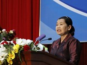 Vietnam, Cambodia hold people's cooperation, friendship meeting