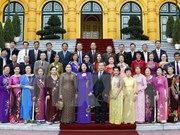 Vice President greets former Vietnamese teachers in Thailand