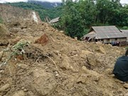 Landslide buries 18 persons in Hoa Binh
