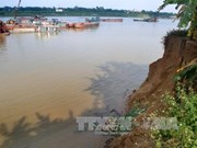 Sand mining erodes farm land in northern provinces