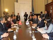 Vietnam boosts parliamentary ties with RoK, Iran
