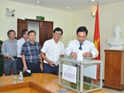 Vietnamese Embassy in Cambodia raises funds for flood victims