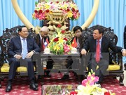 Lao Deputy PM Sonexay Siphadone visits Ben Tre province