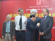 Vietnam – US literature exchange shows love, peace