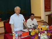 Nghe An should make methodical steps to develop: Party leader