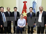 Party officials pay working visit to Argentina