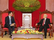 Party leader Nguyen Phu Trong welcomes Canadian PM Trudeau