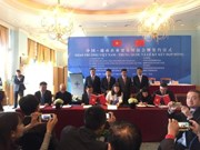 Vietnam, China bolster trade ties