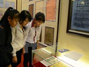 Hanoi hosts exhibition on Hoang Sa, Truong Sa