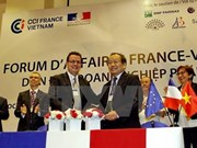 Vietnamese, French businesspeople meet up in Hanoi