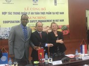 Vietnam teams up with Netherlands, WB in food safety