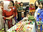 Vietnamese Embassy in Indonesia attends 50th WIC Bazaar