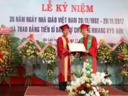 Seoul Governor receives Vietnam's honorary doctorate