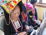 Free radio sets for minority ethnic regions