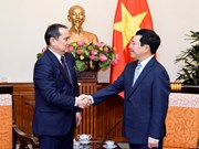 Deputy PM highlights improvements in Vietnam-Kazakhstan trade