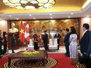 Hanoi leader receives Canada's Ontario Premier, Pakistani guest