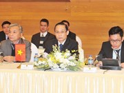 Vietnam, Laos seek to enhance border cooperation in 2018