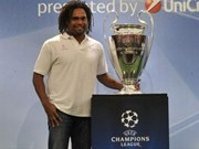 Christian Karembeu to arrive in Vietnam