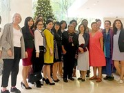 US female activists visit Sai Gon Giai phong newspaper