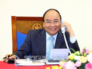 PM Phuc holds phone talk with Japanese counterpart