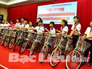 Bac Lieu cares for underprivileged children