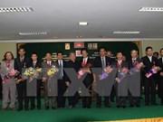 Cambodia presents friendship order to Vietnamese diplomats