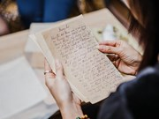 Exhibition gathers handwritten letters in the past century